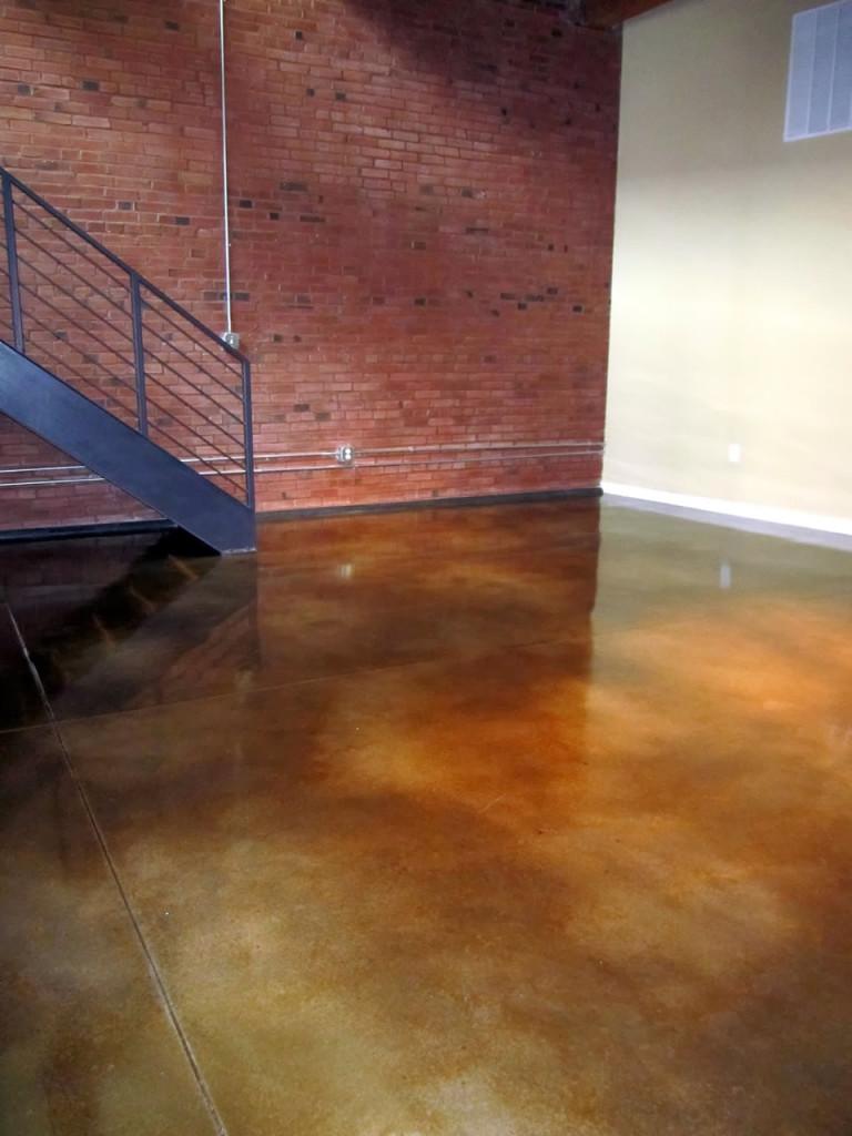 Concrete Floor With Staining