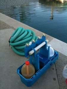 pool-cleaning-materials